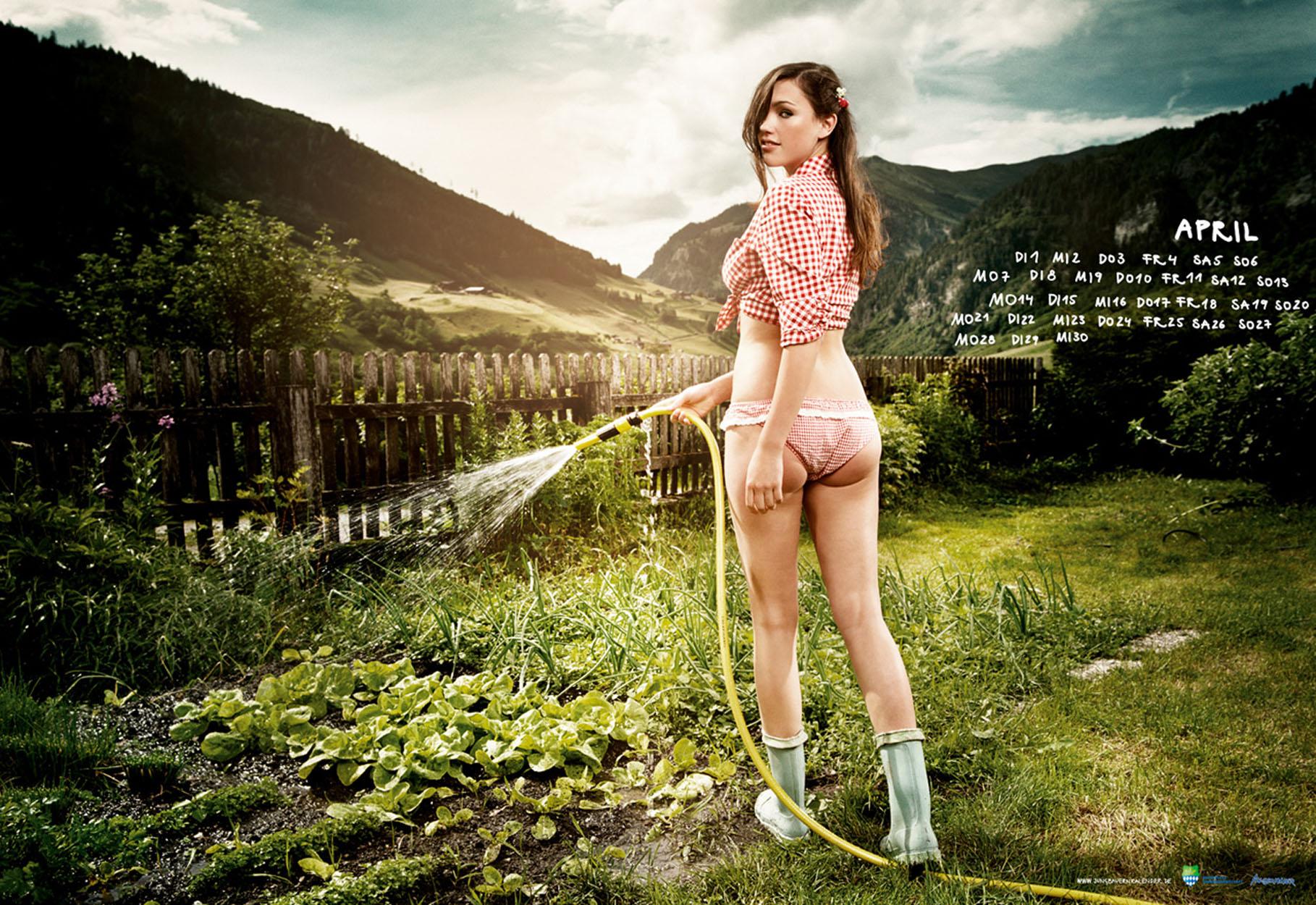 Фото голой деревенской девочки 24 фотография